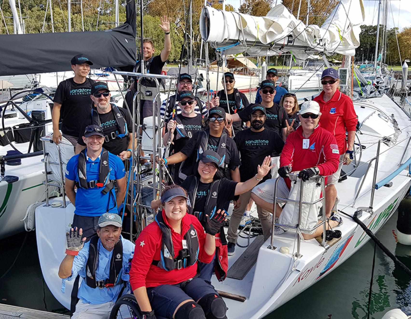 ST_team_boat